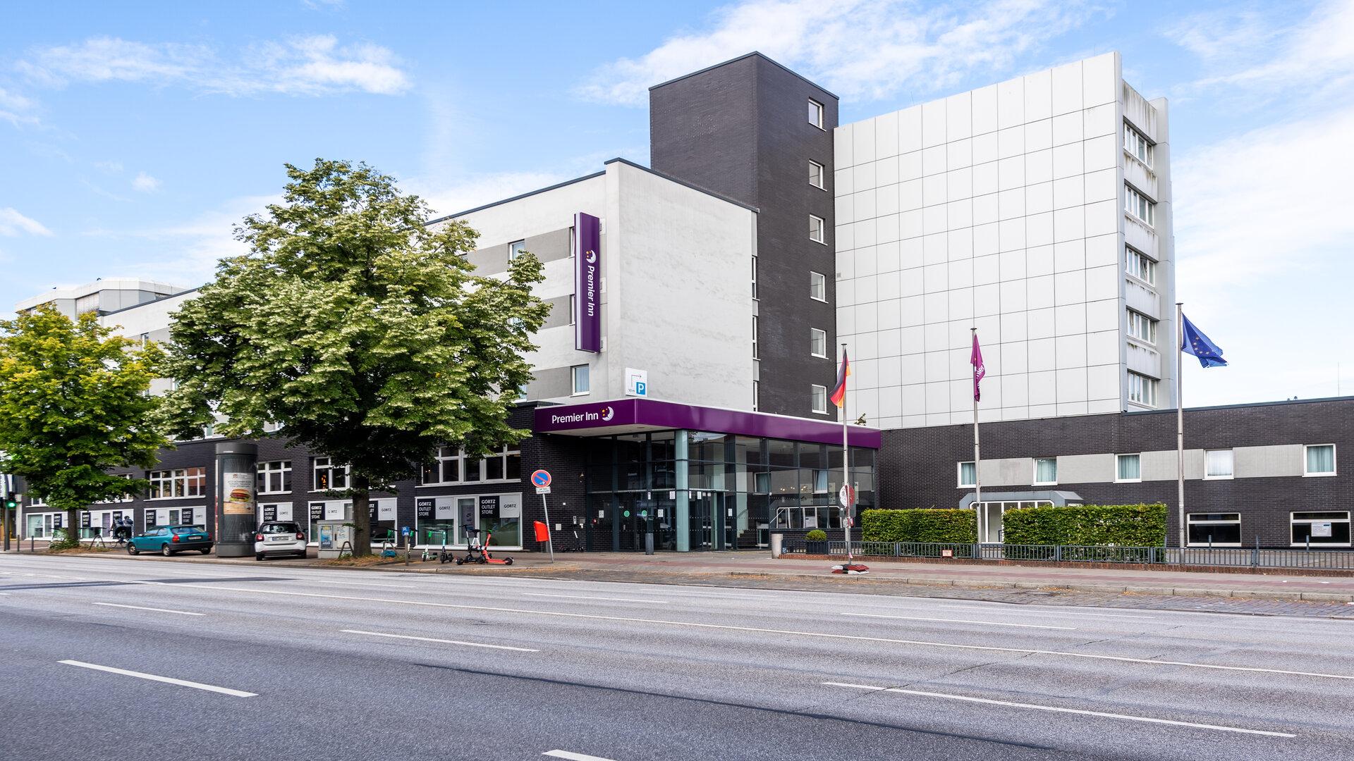 Premier Inn Hamburg City Alster